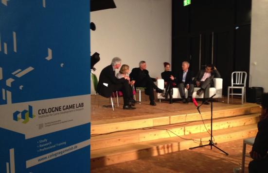 Von links nach rechts: Lorenz Engell, Barbara Naumann, Gundolf S. Freyermuth, Lisa Gotto, Gunther Witte, Jakob Menge (Foto: CGL)