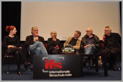 Prof. Dr. Lisa Gott, Prof. Dr. Jan-Christopher Horak, Prof. Becky Smith, Prof. Gerd Haag, Prof. Hans-Erich Viet, Prof. Dr. Gundolf S. Freyermuthim Museum Ludwig, Köln (Foto: ifs)